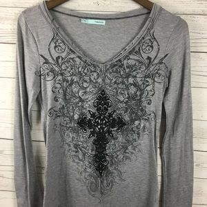 Maurices Gray Long Sleeve Graphic Shirt Small